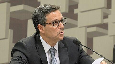 Bolsonaro nomeia liderança e outros 7 mandatos fixos no Banco Central