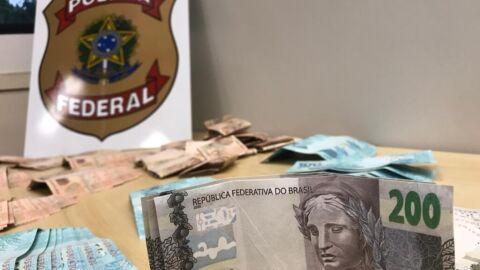 PF prende distribuidor de cédulas falsas em Joinville/SC