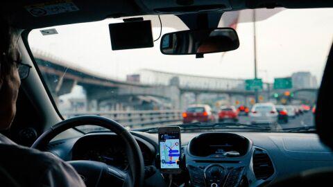Motoristas de aplicativo devem declarar o IR em algumas situações; saiba quais