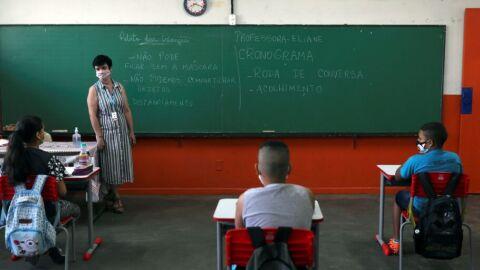 SP: estudo aponta incidência maior de covid-19 entre professores