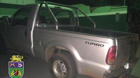 Polícia Militar em Água Clara recupera veículo furtado.