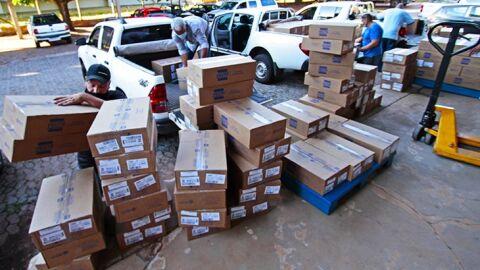 Governo do Estado recebe 338.130 medicamentos do 'kit intubação' neste sábado