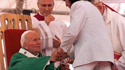 Hoje é Dia: rei Roberto Carlos completa 80 anos