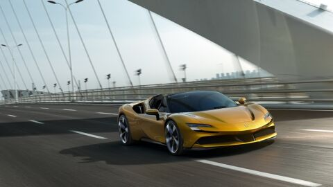 Ferrari anuncia esportivo 100% elétrico para 2025