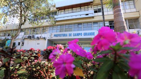 Em processo simplificado, prefeitura convoca mais 18 enfermeiros e fisioterapeutas