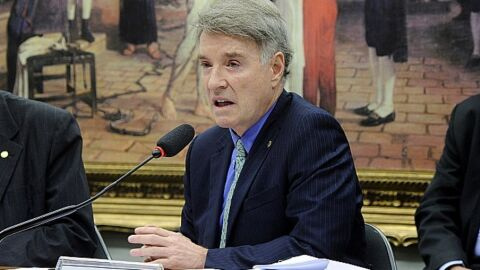 CVM absolve Eike Batista por inconsistência em currículo