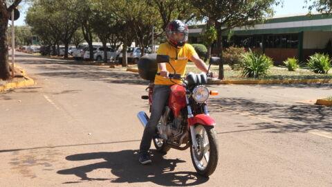 Nova Lei de Trânsito muda punição a motoqueiros que andam sem viseira no capacete