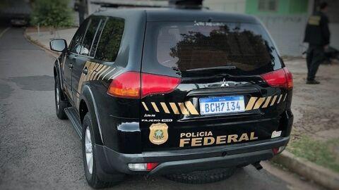 Polícia Federal realiza a prisão de indivíduo por porte ilegal de arma de fogo