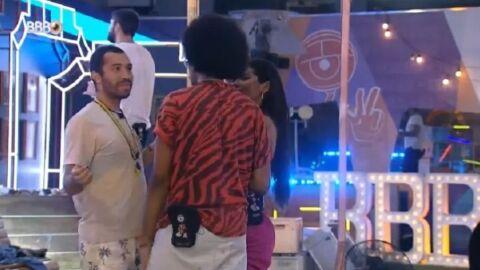 """Gilberto confessa que já se masturbou no """"BBB 21"""""""