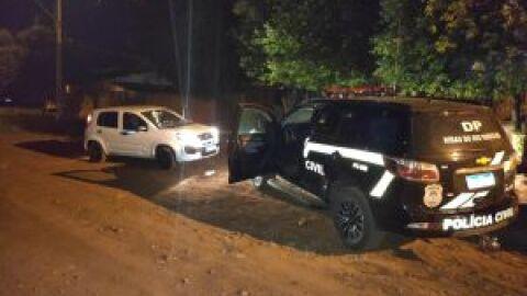 Suspeitos de extorquir mulher em Ribas do Rio Pardo são presos em flagrante
