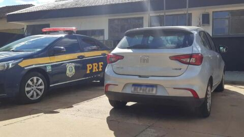 PRF recupera veículo de locadora em Jaraguari (MS)