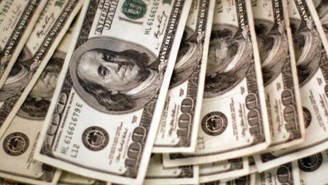 Dólar cai para R$ 5,45 e fecha no menor valor em quase dois meses