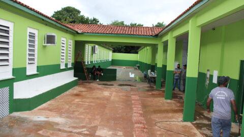 Escola pública no Iracy Coelho é a 12ª reformada por detentos do semiaberto