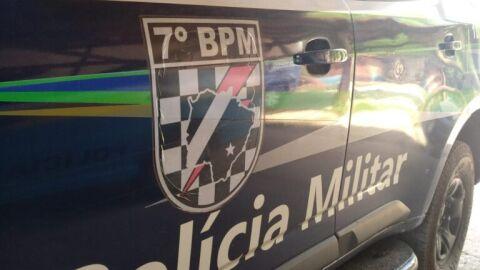 Polícia Militar prende uma pessoa por tráfico de drogas em Anastácio