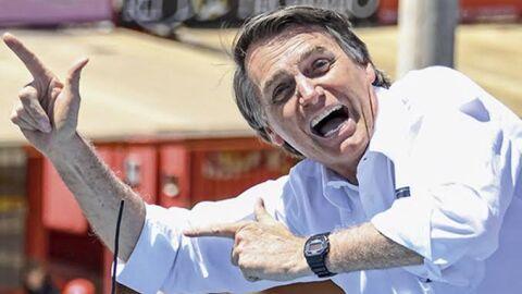 """Jornal resume a que se deve fracasso do Brasil contra pandemia: """"Bolsonaro"""""""