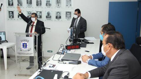 Réu por agiotagem, Santana (PSDB) substitui vereador na Câmara Municipal