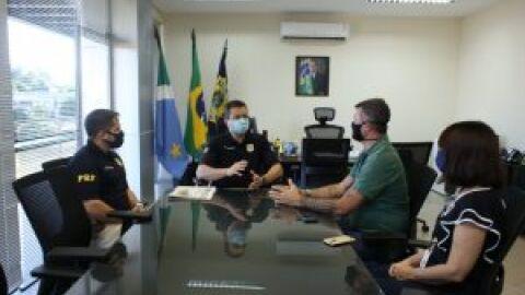 Fundação de Cultura recebe doação de notebooks da Policia Rodoviária Federal