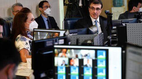 Fala de Bolsonaro sobre China causa polêmica em reunião da CRE com chanceler
