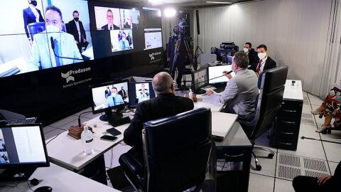 Parlamentares e Comsefaz criticam fim da Comissão Mista da Reforma Tributária