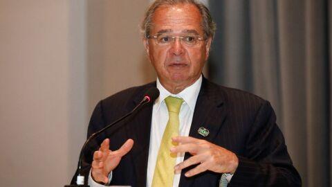 Plano de Guedes contra o desemprego é superficial e ineficaz, diz especialista