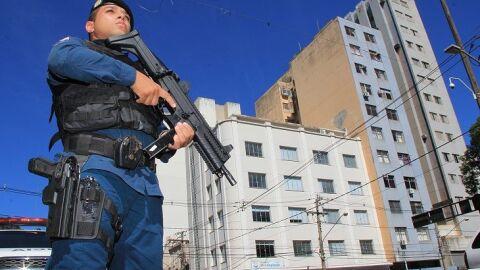 Governo fortalece segurança pública com promoção de 248 policiais e bombeiros