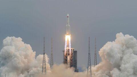 Destroços do foguete chinês caem no Oceano Índico