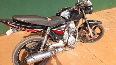 Polícia Militar recupera motocicleta furtada em Ponta Porã
