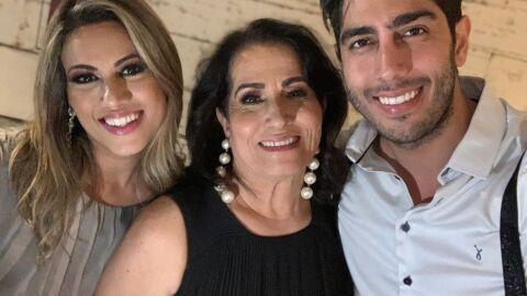 Jonathan Nemer posta homenagem à mãe, internada com Covid desde abril