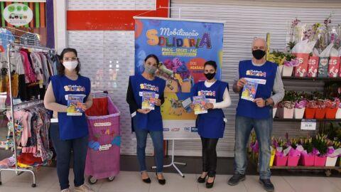 Blitz solidária mobiliza comunidade em supermercados da cidade