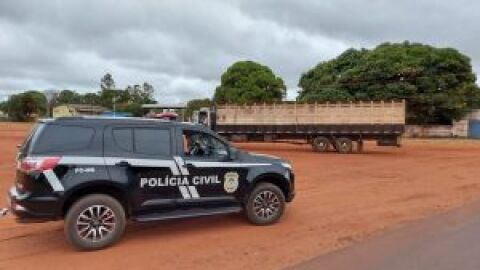 Barreira policial durante Operação Campo Limpo apreende veículo roubado na Capital