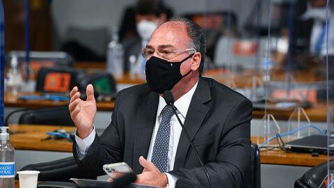 Bezerra diz que participação de Nise Yamaguchi em reuniões no Planalto foi legal