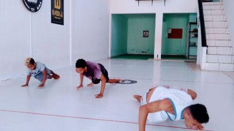 Prefeitura oferece aula de lutas gratuitas para moradores do São Conrado