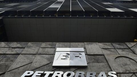 Petrobras poderá vender refinaria para fundo árabe, determina TCU