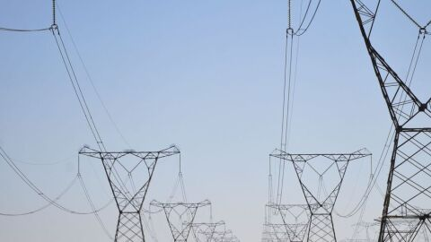 Senado aprova redução na tarifa de energia elétrica por 5 anos