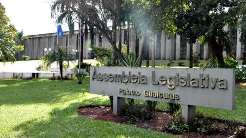 Deputado solicita revitalização de local utilizado por projeto de inclusão social