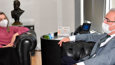 Rosana Leite deixa HRMS e assume secretaria de enfrentamento à Covid-19