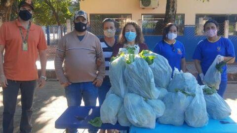 Pela Agraer, alunos de Angélica recebem alimentos do PNAE