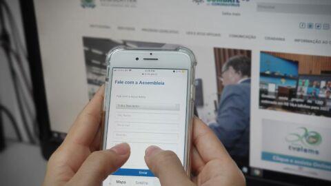 Canais de comunicação promovem contato entre cidadão e deputados