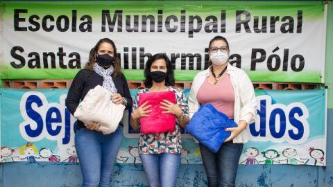 Campanha do Agasalho: Prefeitura entrega cobertores em todos os assentamentos de Maracaju.
