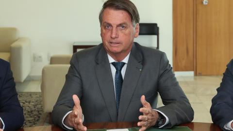 Em live, Bolsonaro assume não ter provas de fraude eleitoral