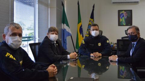 PRF/MS recebe visita do secretário de Justiça e Segurança Pública do Estado