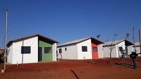 Mais 136 famílias da antiga comunidade Cidade de Deus ganham moradia digna neste domingo