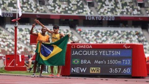 Yeltsin quebra recorde mundial e conquista 2º ouro na Paralimpíada de Tóquio