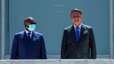 Governo gasta ao menos R$ 300 mil em viagem de 'Bolsonaro da África' ao Brasil
