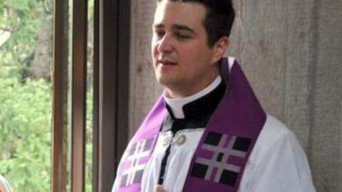 """Padre Spagnesi rouba fiéis e faz festa regada a orgias e """"droga do estupro"""""""