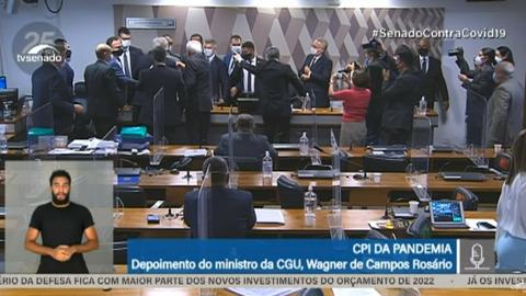 """Senadora de MS diz que CGU """"passa pano"""" à Bolsonaro e ministro ofende senadora"""