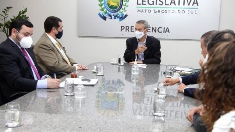 Visita do embaixador do Paraguai estreita laços da ALEMS com o país irmão