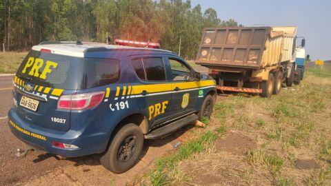 PRF recupera em Água Clara (MS) caminhão furtado em Cassilândia (MS)