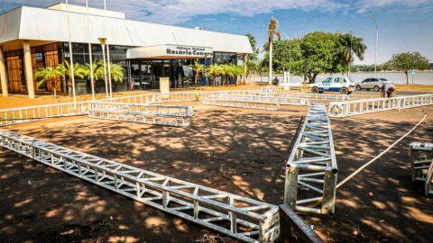 Chuva do final de semana danifica tendas de apoio da Central de Vacinação e UPA
