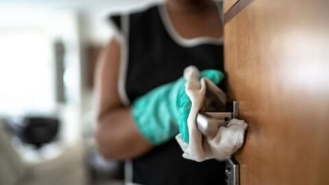 Doméstica resgatada de condomínio receberá R$ 300 mil
